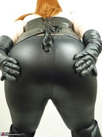 Mrs Leather. Leather trousers strip off Free Pic 2