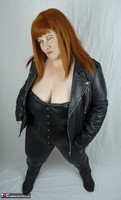 Mrs Leather. Leather trousers strip off Free Pic 3