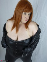 Mrs Leather. Leather trousers strip off Free Pic 4