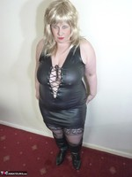 Mrs Leather. Blonde Tramp Free Pic 6