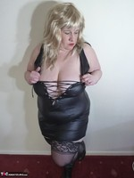 Mrs Leather. Blonde Tramp Free Pic 11