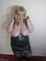 Mrs Leather. Blonde Tramp Free Pic 14