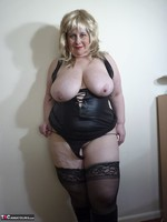 Mrs Leather. Blonde Tramp Free Pic 17