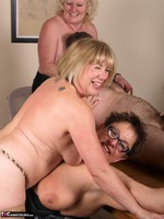 SpeedyBee. The Dinner Party Free Pic 8