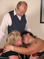 SpeedyBee. The Dinner Party Free Pic 15