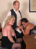 SpeedyBee. The Dinner Party Free Pic 19