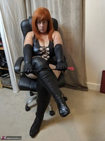 Mrs Leather. Clean My Boots Free Pic 6