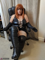 Mrs Leather. Clean My Boots Free Pic 9