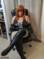 Mrs Leather. Clean My Boots Free Pic 10