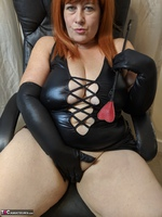 Mrs Leather. Clean My Boots Free Pic 13