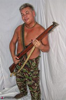 Kims Amateurs. Army John Free Pic 1