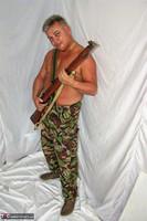 Kims Amateurs. Army John Free Pic 20