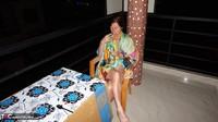 Diana Ananta. Smoke Piss & Cucumber Free Pic 1
