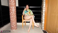 Diana Ananta. Smoke Piss & Cucumber Free Pic 2