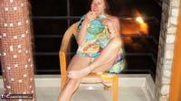 Diana Ananta. Smoke Piss & Cucumber Free Pic 9