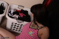 Susy Rocks. Laundry Day Pt1 Free Pic 1