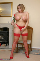 Curvy Claire. Curvy Claire's Celebratory Bukkake Party Pt1 Free Pic 6