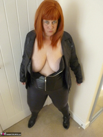 Mrs Leather. Cumpie Covering Free Pic 9