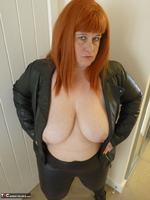 Mrs Leather. Cumpie Covering Free Pic 16
