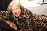 SpeedyBee. Fur Coat Strip Free Pic 19