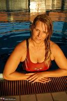Sweet Susi. The Indoor Swimming Pool Free Pic 5