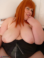 Mrs Leather. My Leather Kitchen Worktop Free Pic 3