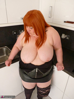 Mrs Leather. My Leather Kitchen Worktop Free Pic 11