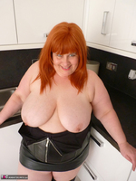 Mrs Leather. My Leather Kitchen Worktop Free Pic 13