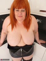 Mrs Leather. My Leather Kitchen Worktop Free Pic 14