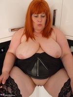Mrs Leather. My Leather Kitchen Worktop Free Pic 15