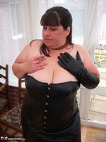 Mrs Leather. More Smoking Bitch Free Pic 15
