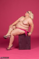 Lexie Cummings. Lexie In Her PInk Sarong Pt2 Free Pic 12