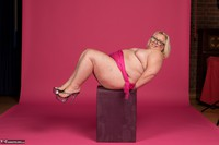 Lexie Cummings. Lexie In Her PInk Sarong Pt2 Free Pic 14