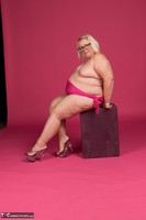 Lexie Cummings. Lexie In Her PInk Sarong Pt2 Free Pic 15