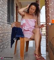 Diana Ananta. Smoko Free Pic 3