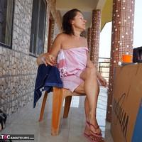 Diana Ananta. Smoko Free Pic 4