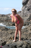 Curvy Claire. Mankini On The Rocks Pt1 Free Pic 15