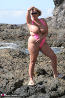 Curvy Claire. Mankini On The Rocks Pt1 Free Pic 18