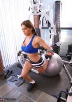 Jessy Dubai. Best Workout Ever Pt1 Free Pic 15