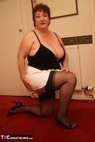 Kinky Carol. White Mini Pt1 Free Pic 11