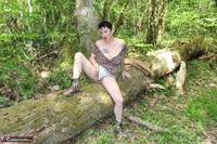 Mary Bitch. Picking Flowers In The Forest Free Pic 3