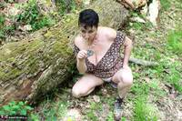 Mary Bitch. Picking Flowers In The Forest Free Pic 4
