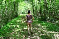 Mary Bitch. Picking Flowers In The Forest Free Pic 7