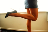 Raunchy Raven. Raven Cleans In Her Tights & CFM Heels Pt1 Free Pic 5