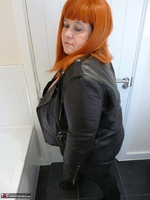 Mrs Leather. Leather Rock Chick Pt1 Free Pic 4