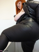 Mrs Leather. Leather Rock Chick Pt1 Free Pic 20