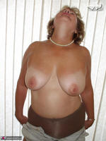 Busty Bliss. TRADITIONAL PANTYHOSE VIBES!! Free Pic 13