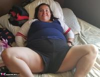 Sexy NE BBW. Sassy in the living room Free Pic 10