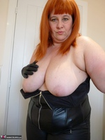 Mrs Leather. Leather Rock Chick Pt2 Free Pic 1