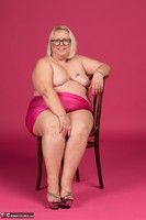 Lexie Cummings. Pink Sarong On The Chair Free Pic 9